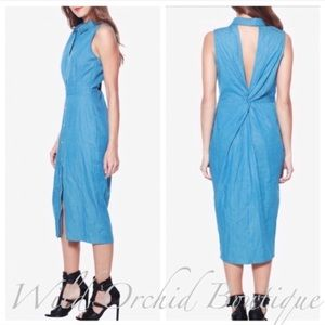 •Closeout• Chambray Midi Dress